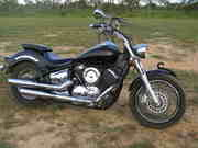 2004 Yamaha XVS1100 Custom